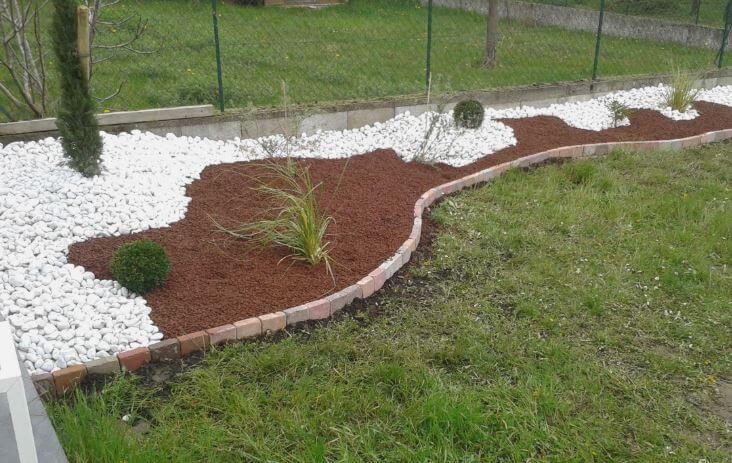 Optez pour la paillage - 3 conseils pour l'entretien du jardin à Saint Hilaire de Riez